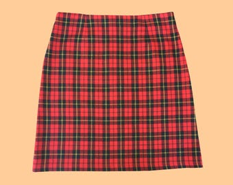 vintage / 90s TARTAN SKIRT / red and black / high waisted style