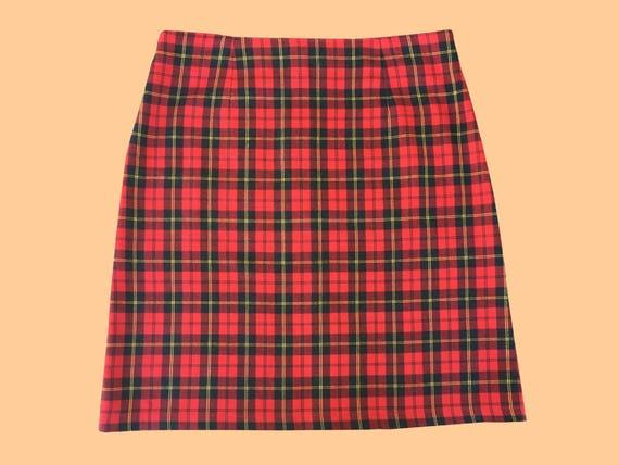 Vintage / 90s Tartan Skirt / Red And Black / High Waisted Style by Etsy