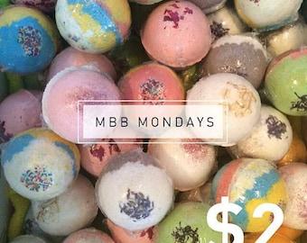 Mini Bath Bomb Monday Sale!   8 scents available!
