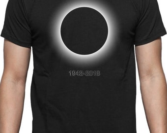 Black Hole - In Memory 1942-2018 T-Shirt