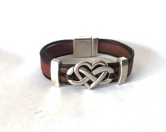 Infinity bracelet, womens infinity,  leather bracelet, womens jewelry, womens bracelet, heart infinite, personalized gift, mens bracelet,