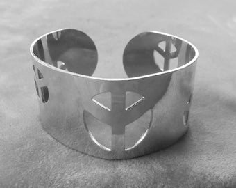 PEACE SIGN Cuff Bracelet Shiny Silver Cut Outs Vintage