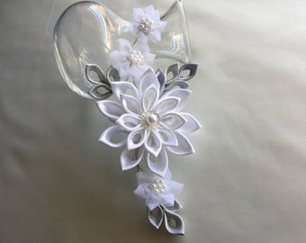 White Bridal Hair Clip - White Silver Grey Kanzashi Flower with Pearls - Wedding Hair Flowers Bridal Headpieces