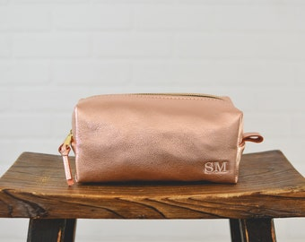 Rose Gold Makeup Bag Personalized Bridesmaid Gift | Monogram Dopp Kit Leather Womens Make up Bag Toiletry Bag Cosmetic Bag | Gift for Her