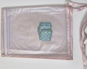 Save 15% Vintage Vinyl Women's Travel Garment Bag with Felt Accent
