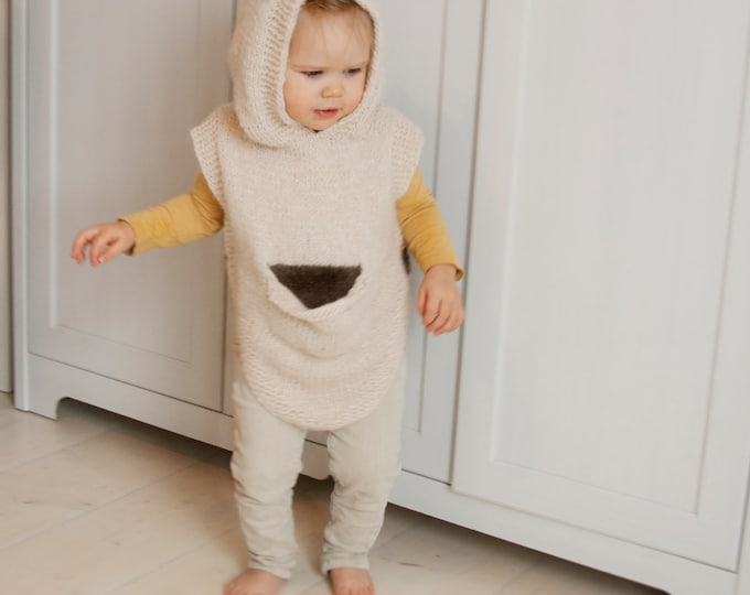 KNITTING PATTERN bear cub hooded poncho with a pocket Sören (toddler and child sizes)