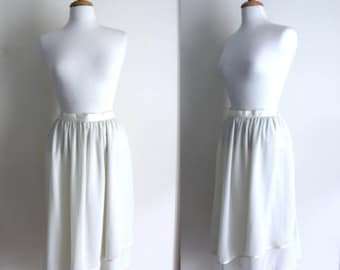Vintage 70s / 80s ethereal cream fluttery flattering skirt - with satin trim - Pascalle - size 14 (more like a 12)