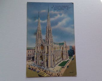Postcard of St Patricks Cathedral 5th Avenue & 50th Street New York City 1950s Unposted Irish American Church