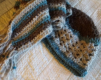 Hand spun wool hat and scarf