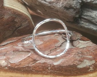 Sterling Silver Geometric Circle Ring. Minimalistic Ring, Modern Contemporary