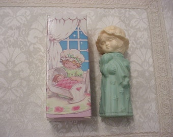 Vintage SWEET HONESTY Little Dream Girl AVON Perfume Cologne Bottle with Original Box
