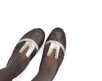 Leather oxford flat shoes in brown and gold custom made