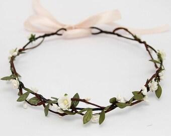 Bridal Headpiece, Boho Wedding Headpiece, White Flower Halo, Boho Headband, Bridal Floral Crown Wedding Hair Wreath, Boho Flower Crown 1064