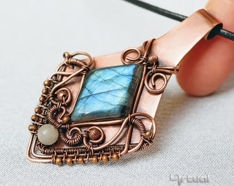 Boho copper jewelry, Labradorite pendant, blue gemstone, wire wrapped pendant, copper necklace, handmade jewelry, birthday gift for women