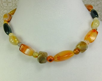 Agate and Jasper Stone Beaded Choker Necklace in Earthtones