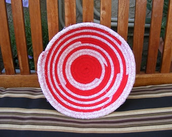 Medium Coiled Fabric Basket/ Bowl, Valentines Day, Hearts