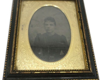 Antique Civil War Era Framed Tintype Photo Of Woman