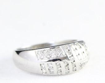 White gold diamond band ring in 9 carat gold