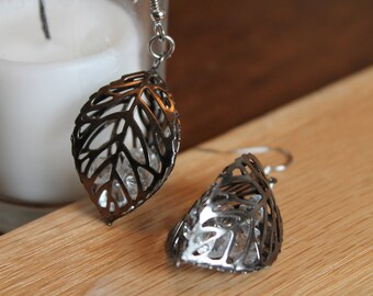 Leaf Cage Earrings