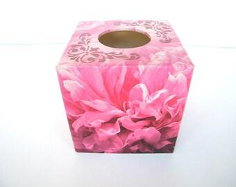 Pink tissue box cover, kleenex box, square tissue holder, wooden napkins holder, tissue dispenser, bathroom, bed room decor, shabby chic