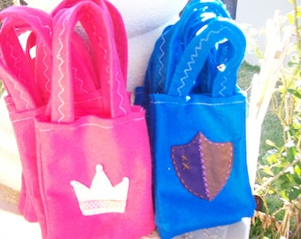 PRINCESS & KNIGHTS Party/ felt party bags/ Crowns and shields/ Set of 12 Party favor