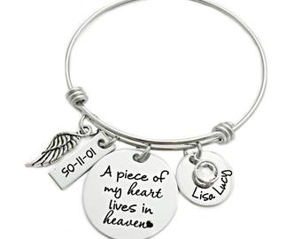 A Piece of My Heart Lives In Heaven - Personalized Memorial Bangle - Miscarriage Remembrance - Miscarriage - Infant Loss Jewelry - 1115