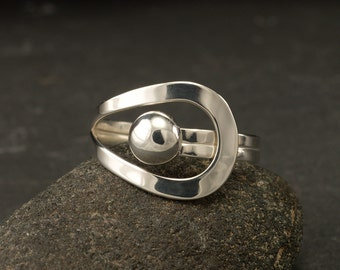 Sterling Silver Ring- Simple Silver Ring- Modern Silver Ring- Metalwork Ring- Silver wrap ring- your size