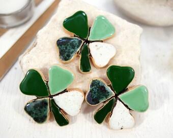 Fridge magnet,  four-leaved clover magnet, clover magnet, refrigerator magnet, ceramic magnet, kitchen magnet, magnets fridge, magnet green