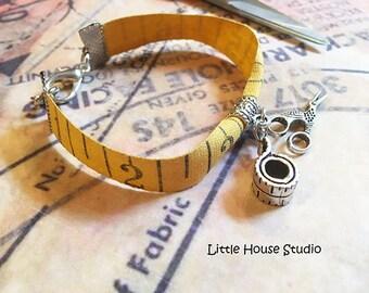 Vintage Measuring Tape Bracelet, Tape Measure Bracelet, Vintage Industrial, Sewing, Tape Measure Jewelry, Seamstress, Vintage Bracelet