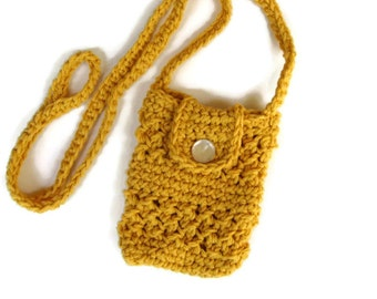 Crocheted small purse for iphone/smartphone with cross-body strap in gold- iphone cardigan