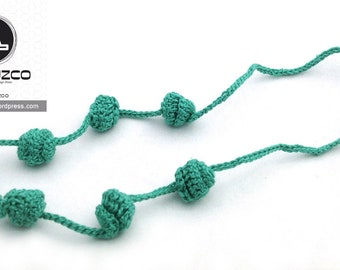 Emerald Green Irisbo, Crochet necklace, Necklace in natural fibers, Handmade knitted necklace