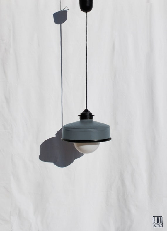 Hanging / pendant / ceiling lamp mat charcoal ... eco friendly & handmade : recycled from  coffee can ! LED light bulb included