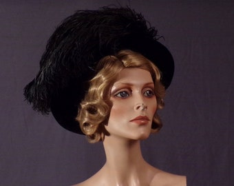 Antique Edwardian Hat - Late 1900s early 1910s Dramatic Black Velvet Hat with Real Ostrich Feather Detail
