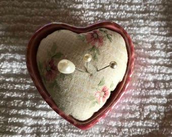 Heart pin cushion Pin keep pink heart pincushion