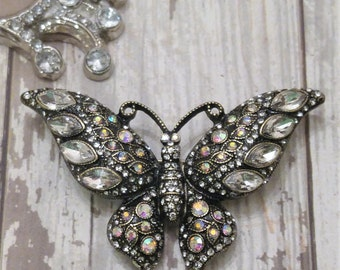 Wonderful Butterfly Rhinestone Pin / Brooch Mint condition