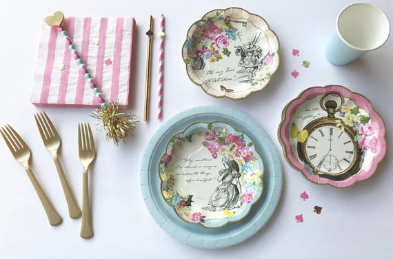 Alice in Wonderland party dinnerware