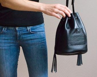 Leather Bucket bag, Crossbody Leather bag, Shoulder Bag, Black purse, Leather Handbag, Cross body bucket bag, Everyday bag, Bucket bags