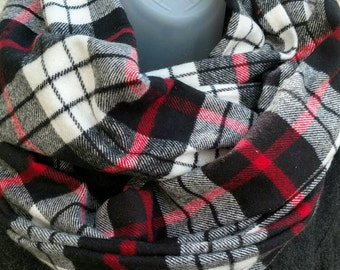 Plaid Flannel Infinity Loop Scarf Black Red Ivory