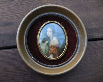 Vintage 1960s Small Portrait Lady Hamilton Cameo Creations by George Romney Round/Oval Ornate Metal Frame Small Wall Hanging Convex Glass