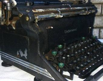 1930s underwood standard typewriter