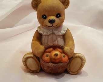 Vintage Homco Harvest Bear Made in Taiwan, Collectible Ceramic Homco Bear presented by Donellensvintage