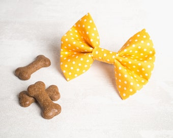 Yellow dog bow tie - Dog bow - Dog bow tie - Puppy bow - Girl dog bow - Boy dog bow tie - Puppy gift - Spotty dog bow - Polka dot dog bow