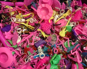 100 PCS- Wholesale LOT-Barbie Accessories-purses, earrings, hats, shoes, wands, glasses, etc.