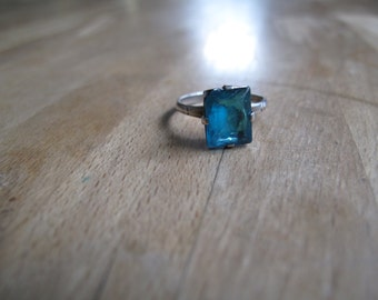 Sterling Silver Art Deco Style Ring with Teal Glass Stone