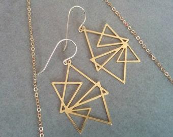 Triangle earrings, Geometric Earrings, Gold Earrings, Gold Triangle, Geometric Jewelry, Wedding Jewellery, Gift For Her, Gold Geometric