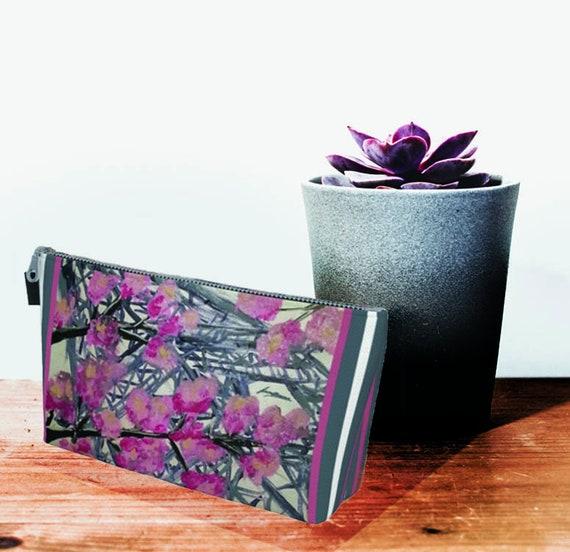 Paris clutch, printed clutch, zipper clutch, colourful clutch, clutch, Bridesmaid clutch, Paris Print, pink clutch, light blue purse