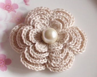Crochet Flower in 2-3/4 inches in Cream YH - 152-03