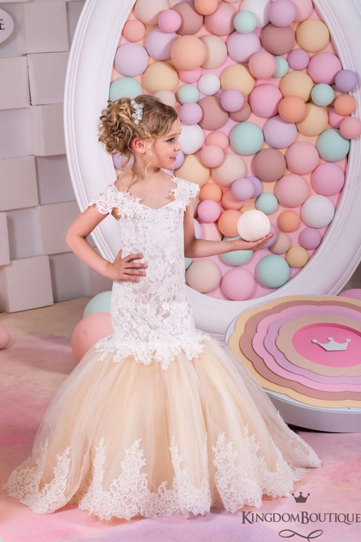 Vestido estilo sirena marfil y Cappuccino niña de las flores - Vestido de dama de honor de la sirena estilo encaje de la boda 15-030