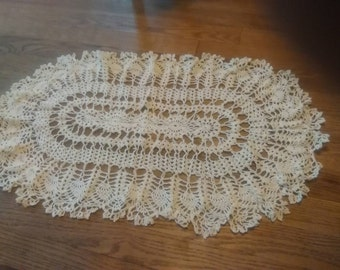 Large pineapple doily