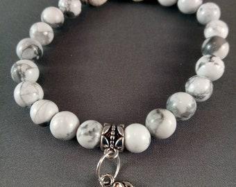 White Howlite Gemstonebeaded diffuser bracelet with elephant charm